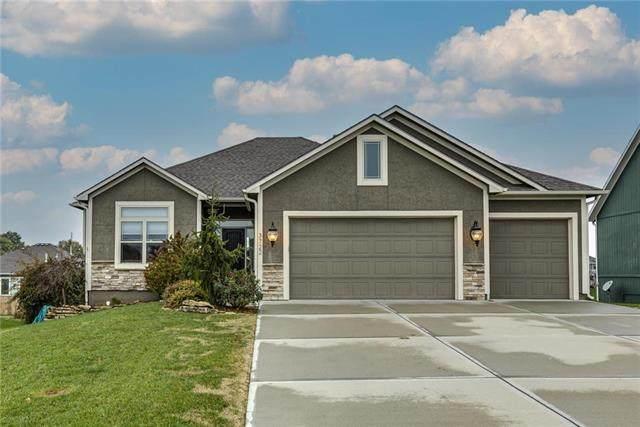 3722 N 153rd Terrace, Basehor, KS 66007 (#2249419) :: Austin Home Team