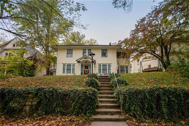 1212 W Short Avenue, Independence, MO 64050 (#2249431) :: Team Real Estate