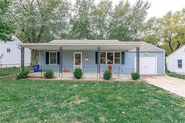 11633 W 68th Terrace, Shawnee, KS 66203 (#2249433) :: Ron Henderson & Associates