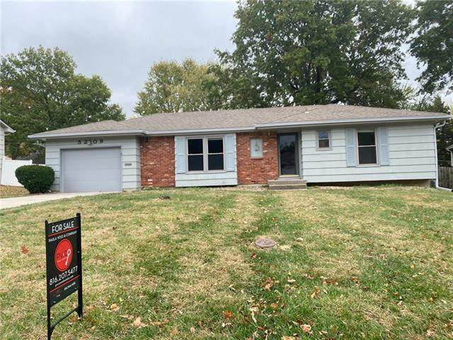 5209 S Delaware Avenue, Independence, MO 64055 (#2249440) :: Edie Waters Network