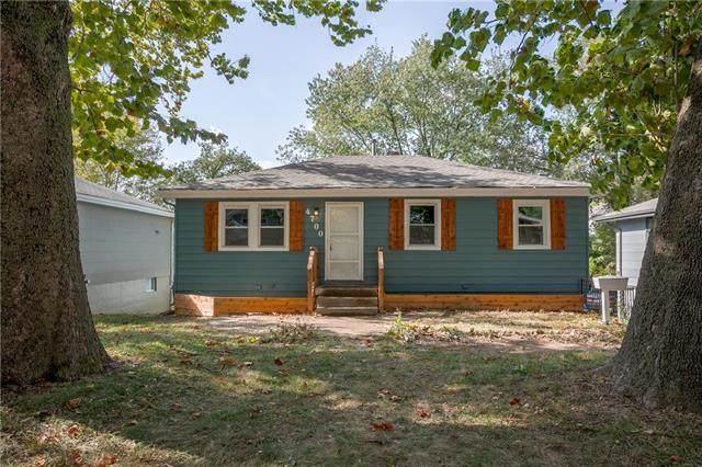 4700 N Bristol Avenue, Kansas City, MO 64117 (#2249465) :: Team Real Estate