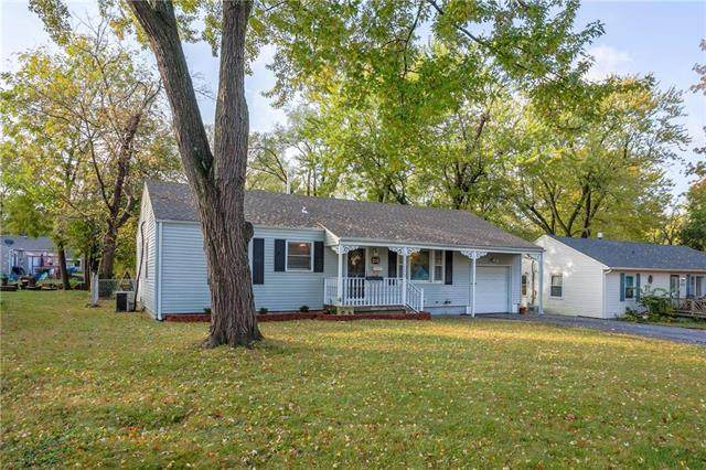 11309 W 68th Street, Shawnee, KS 66203 (#2249506) :: House of Couse Group