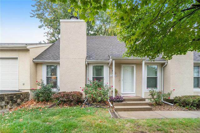 12320 W 107th Terrace, Overland Park, KS 66210 (#2249527) :: The Shannon Lyon Group - ReeceNichols