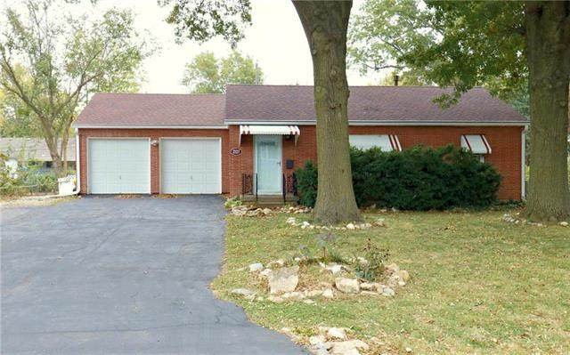 2127 S 48th Terrace, Kansas City, KS 66106 (#2249538) :: Edie Waters Network
