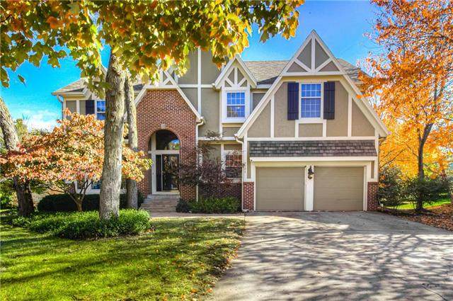 9101 W 131st Court, Overland Park, KS 66213 (#2249546) :: Eric Craig Real Estate Team