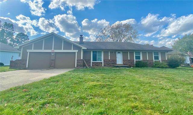 8314 Spring Valley Road, Belton, MO 64012 (#2249569) :: Dani Beyer Real Estate