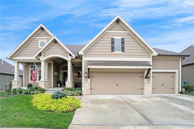 10515 W 132nd Court, Overland Park, KS 66213 (#2249584) :: The Shannon Lyon Group - ReeceNichols