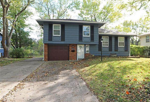 6305 E 120TH Terrace, Grandview, MO 64030 (#2249617) :: Edie Waters Network