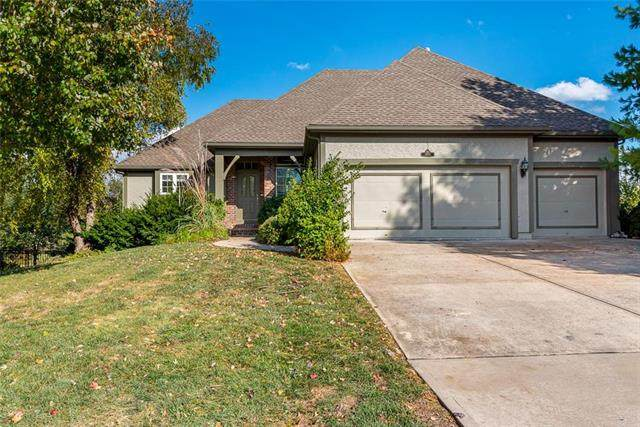 14965 Roxburghe Street, Olathe, KS 66061 (#2249629) :: House of Couse Group