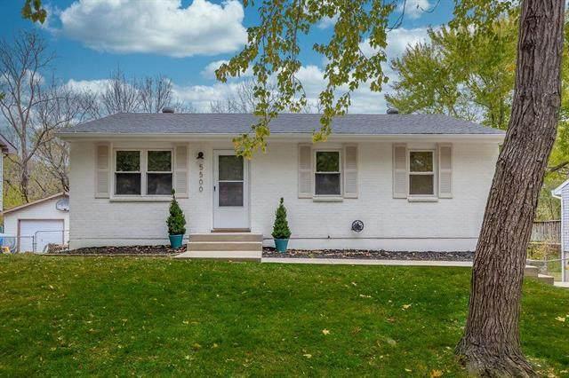 5500 NE 59th Terrace, Kansas City, MO 64119 (#2249639) :: House of Couse Group