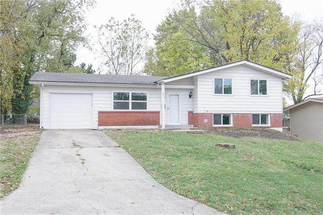 3809 E 107TH Street, Kansas City, MO 64137 (#2249661) :: House of Couse Group