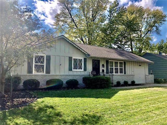 4011 E 107th Terrace, Kansas City, MO 64137 (#2249672) :: House of Couse Group