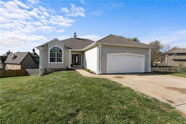 518 Forrest View Court, Raymore, MO 64083 (#2249673) :: Ron Henderson & Associates