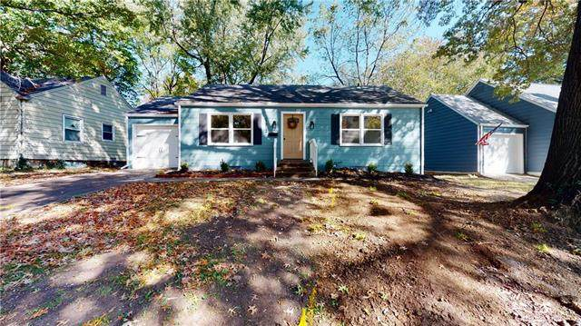 1512 W Scott Place, Independence, MO 64052 (#2249690) :: Edie Waters Network