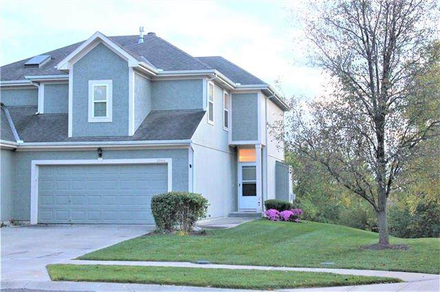 2044 Madison Drive, Bonner Springs, KS 66012 (#2249712) :: House of Couse Group