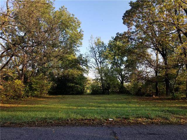 Lot 8 8th Street, Oak Grove, MO 64075 (#2249723) :: Edie Waters Network