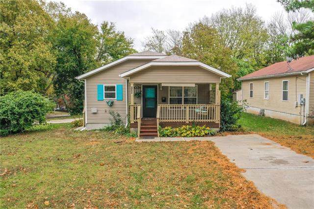 725 N Crysler Avenue, Independence, MO 64050 (#2249784) :: Ron Henderson & Associates