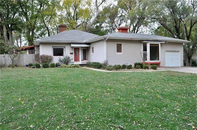 6424 Bluejacket Street, Shawnee, KS 66203 (#2249836) :: Ron Henderson & Associates