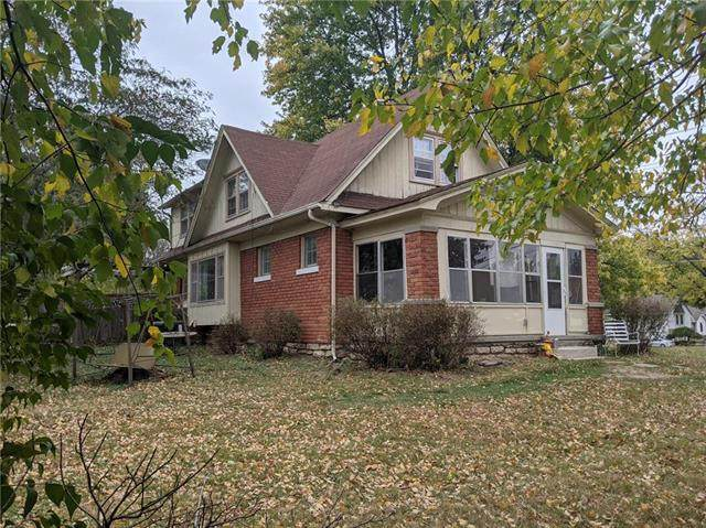 11520 E 63RD Street, Raytown, MO 64133 (#2249840) :: House of Couse Group