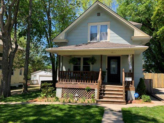1826 S Hedges Avenue, Independence, MO 64052 (#2249846) :: The Kedish Group at Keller Williams Realty