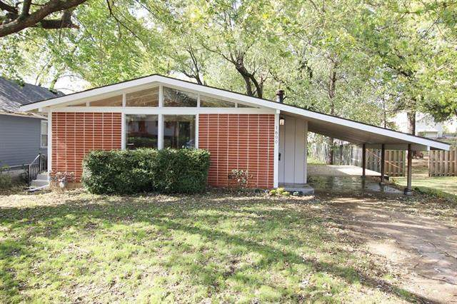 1600 S Ralston Avenue, Independence, MO 64052 (#2249892) :: The Kedish Group at Keller Williams Realty