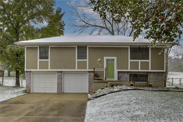 2308 SW Keystone Drive, Blue Springs, MO 64014 (#2249958) :: Eric Craig Real Estate Team
