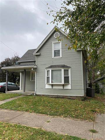 2134 S 13TH Street, St Joseph, MO 64503 (#2249961) :: The Kedish Group at Keller Williams Realty