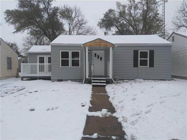 1734 Brown Avenue, Osawatomie, KS 66064 (#2249963) :: Edie Waters Network
