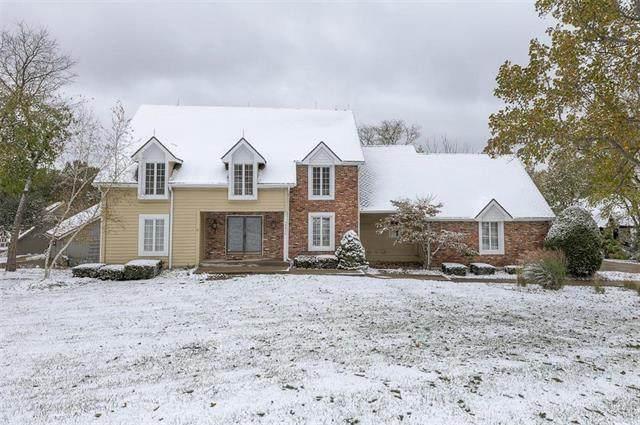 15410 Overbrook Lane, Overland Park, KS 66224 (#2250043) :: Edie Waters Network
