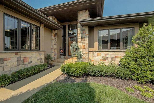 19420 W 102nd Street, Lenexa, KS 66220 (#2250064) :: Ron Henderson & Associates