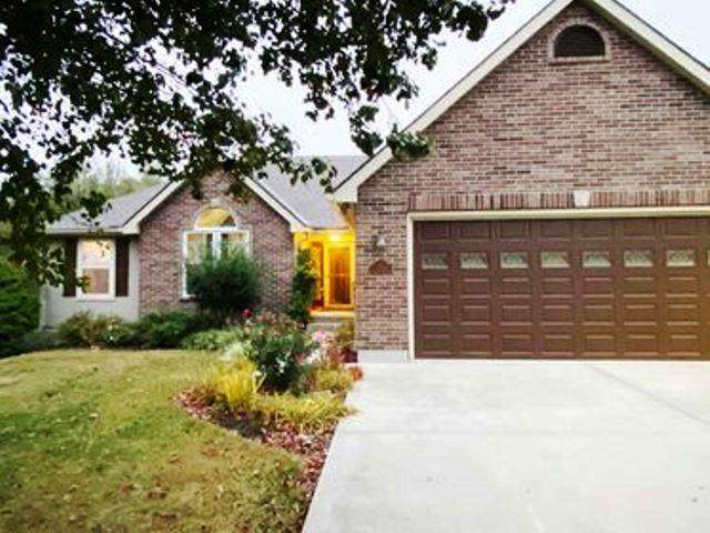 24282 Tonganoxie Drive, Leavenworth, KS 66048 (#2250087) :: Dani Beyer Real Estate