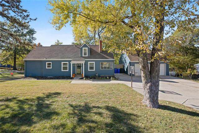 5424 Lowell Street, Overland Park, KS 66202 (#2250104) :: House of Couse Group