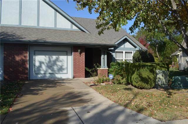 779 N Somerset Terrace, Olathe, KS 66062 (#2250116) :: Eric Craig Real Estate Team