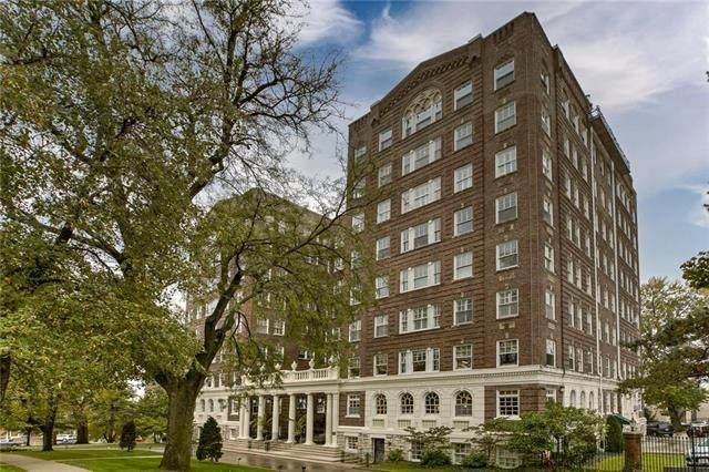 4618 Warwick Boulevard 2E, Kansas City, MO 64108 (#2250177) :: Dani Beyer Real Estate