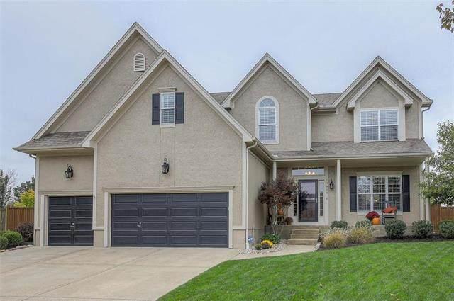 13800 Haskins Street, Overland Park, KS 66221 (#2250206) :: Eric Craig Real Estate Team