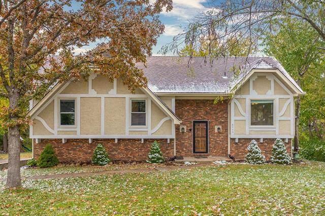 6900 Brownridge Drive, Shawnee, KS 66218 (#2250218) :: Ron Henderson & Associates