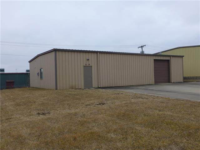 2119 Royal Street, Harrisonville, MO 64701 (#2250257) :: Edie Waters Network
