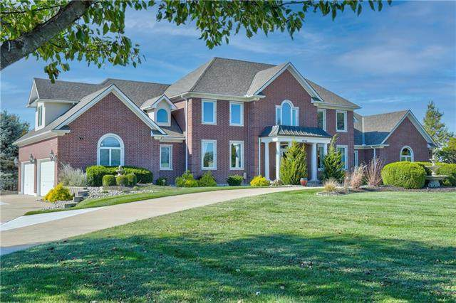 9722 Windsor Drive, Lee's Summit, MO 64086 (#2250296) :: Ask Cathy Marketing Group, LLC