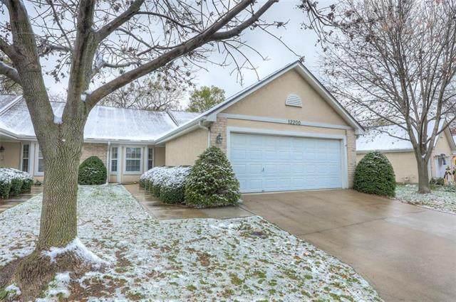 12200 Oakmont Street, Overland Park, KS 66213 (#2250312) :: Eric Craig Real Estate Team