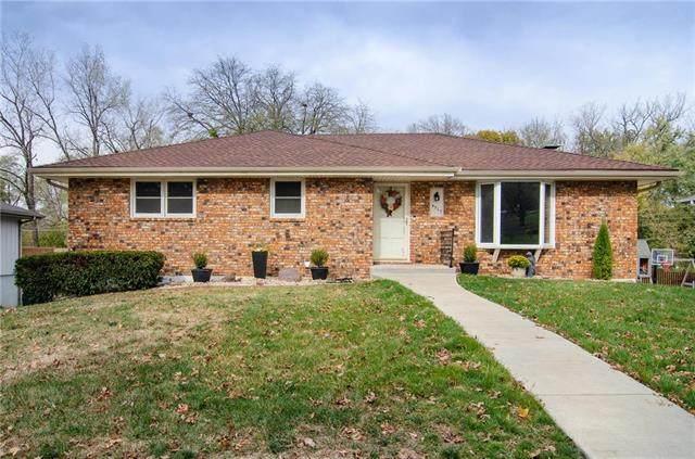 4517 Llama Lane, St Joseph, MO 64506 (#2250360) :: Eric Craig Real Estate Team