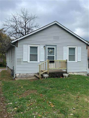 1218 S Cunningham Avenue, Independence, MO 64050 (#2250396) :: Audra Heller and Associates