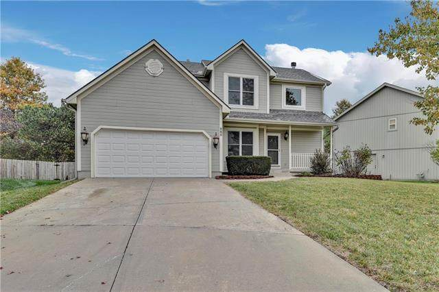 960 W Elizabeth Street, Olathe, KS 66061 (#2250402) :: Eric Craig Real Estate Team