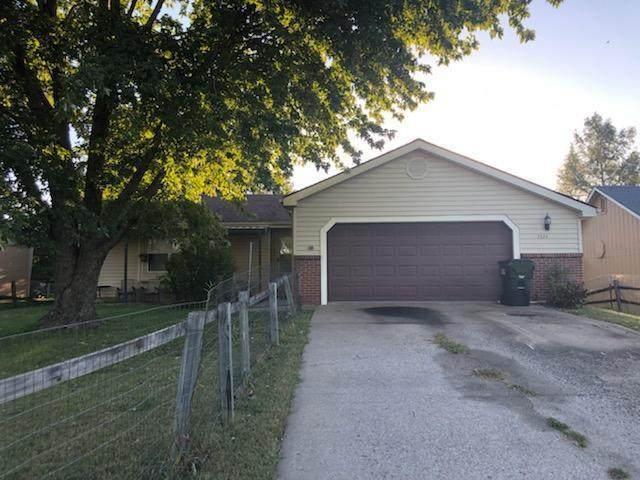 2524 Allison Drive, Lawrence, KS 66046 (#2250418) :: Audra Heller and Associates