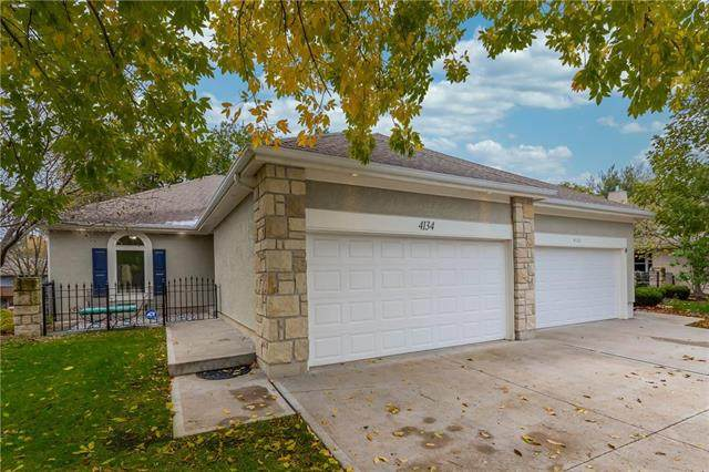 4134 SW Minnesota Drive, Lee's Summit, MO 64082 (#2250473) :: Eric Craig Real Estate Team