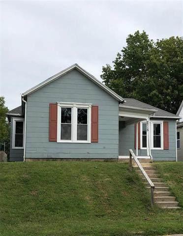 2715 Delaware Street, St Joseph, MO 64506 (#2250480) :: Eric Craig Real Estate Team