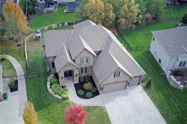 1705 Woodland Shores Court, Lee's Summit, MO 64086 (#2250546) :: Edie Waters Network