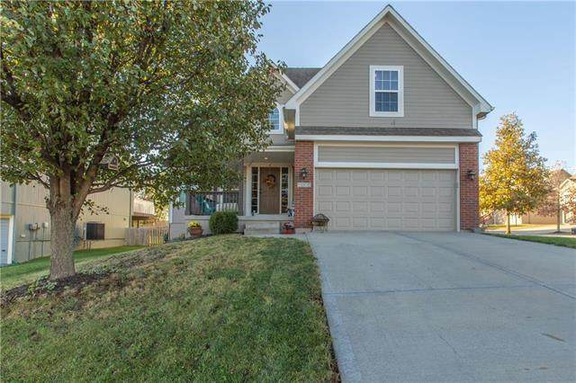 5005 NW 92nd Terrace, Kansas City, MO 64154 (#2250567) :: The Gunselman Team