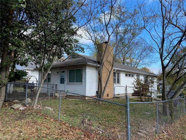 1717 S Arlington Avenue, Independence, MO 64052 (#2250576) :: Edie Waters Network