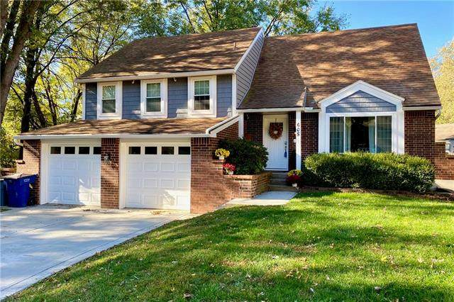 605 NW Canterbury Road, Blue Springs, MO 64015 (#2250613) :: Eric Craig Real Estate Team