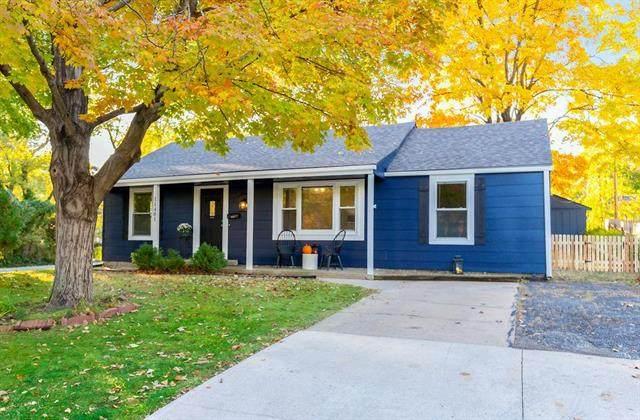 11401 W 68th Terrace, Shawnee, KS 66203 (#2250681) :: Ron Henderson & Associates